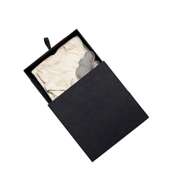 Clothing Box3