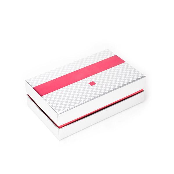 Cosmetics Box 5